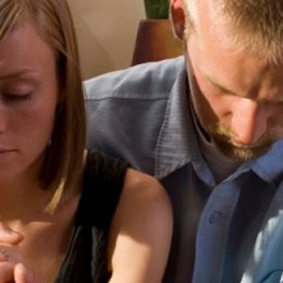 what-happens-when-couples-pray