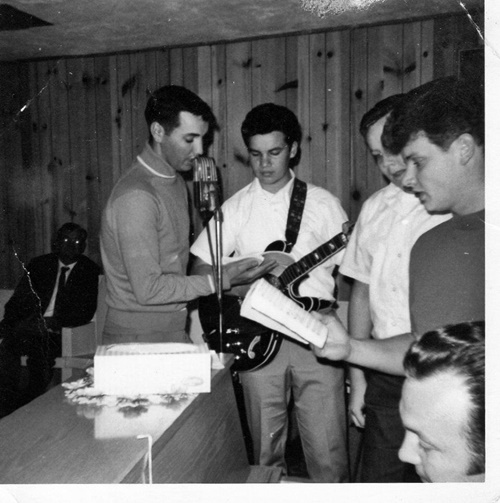 Russ Taff sang with is brothers when his father was in revival